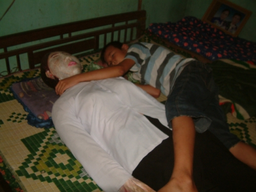 vietnamwife2.jpg Man Slept Next To Dead Wife for 5 Years picture