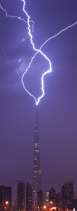Burj Khalifa Lightning 7 When lightning strikes the tallest building in the world