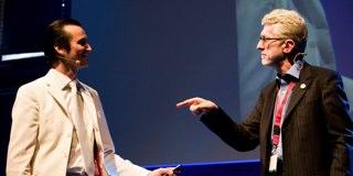 Mark Zuckerberg appears alongside Jesse Eisenberg on SNL [Video]