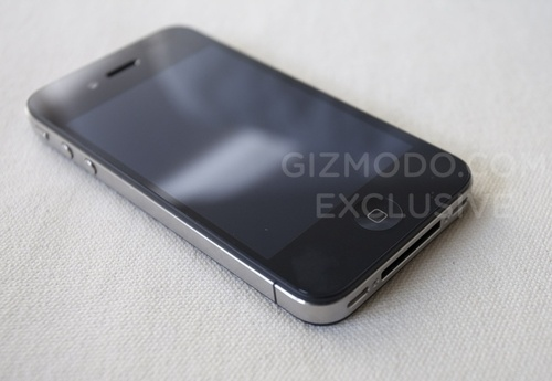 500x iphone4 01 The New iPhone 4G Completely Revealed and Reviewed [Pictures and Video]