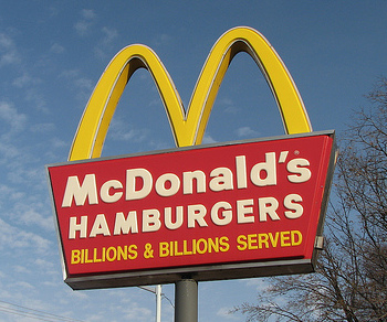 3064199927 95aec48523 Big Mac Check ins, McDonalds first brand to use Facebook location