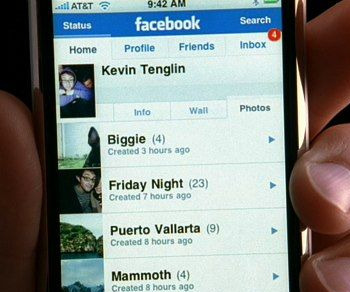 FacebookIphone Apple reportedly integrating Facebook into iPhone OS.
