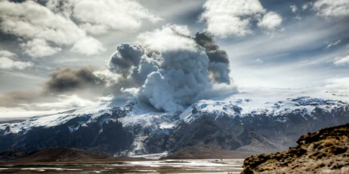 INCREDIBLE. The Iceland Volcano, as you should see it.