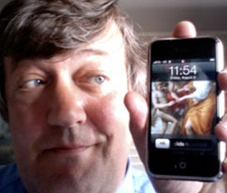 stephen fry and iphone2 Stephen Fry knocks UK Prime Minister off audioBoo chart   with 60 listens a second