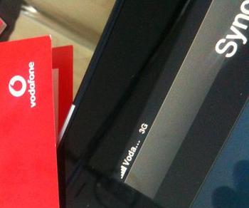Eine wunderbare Kombination: Vodafone Deutschland Daten-SIM im iPad 3G.