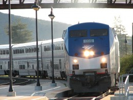 800px Coast Starlight at San Luis Obispo CA 260x195 Amtrak Plans To Have Free WiFi On All Of Its Trains