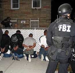 swat ms13 260x254 FBI investigating the iPad security breach