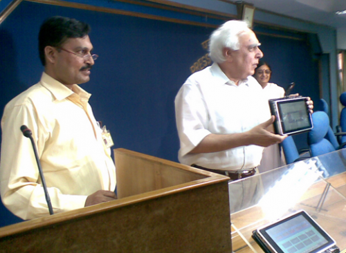 image51 500x366 Indian government working on $35 tablet, hopes to get it as low as $10 [Updated]