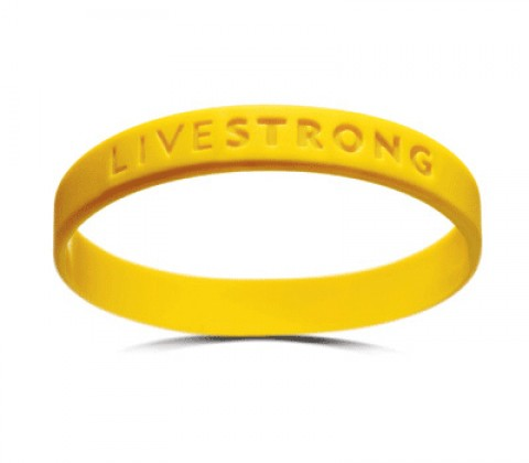 livestrong bumper e1279034874441 iPhone4 Recall Imminent? Probably Not.
