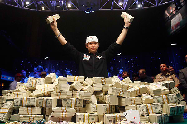 Harrah's and Playdom to bring World Series of Poker to Facebook, MySpace