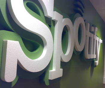 How Spotify plans to keep its 500,000 paying users loyal