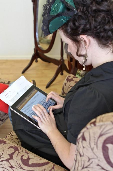 iBoy meets iGirl: An iPad Wedding Story [Photos]