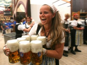 Munich Oktoberfest 2 gallery 533x400 300x225 Munich. Oktoberfest. Check in app. Heaven.