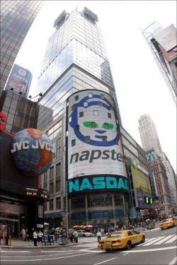 Listen up. Napster launches iPhone and iPad apps.