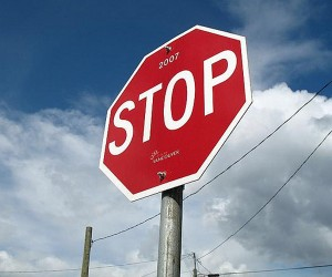 stop sign image by mike wu 300x250 5 social media trends that need to stop right now