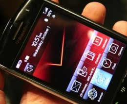 storm 2 260x214 Is This The BlackBerry Storm 3?