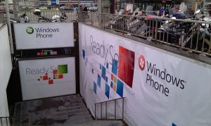 wp7 ready set 300x179 All 5 UK Carriers To Stock Windows Phone 7 Devices