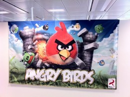 2010 22 46 361 260x194 Angry Birds for Android passes 3 million downloads, gets new iPhone Halloween app