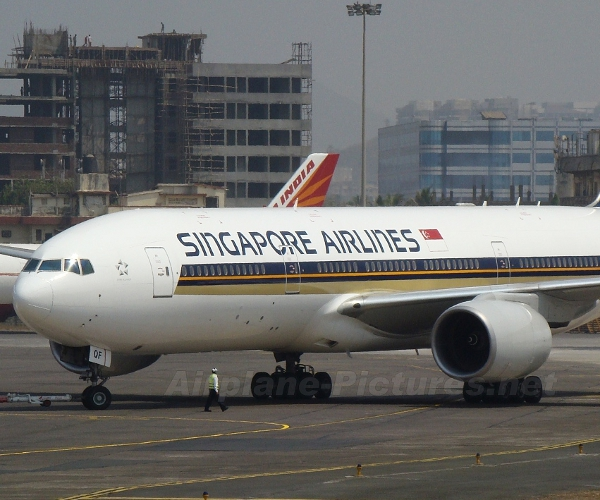 Singapore Airlines to offer in-flight connectivity in first half of 2011