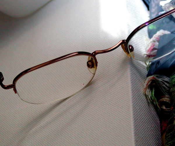 ClearlyContacts Giving Away 10,000 Pairs of Glasses Through Facebook