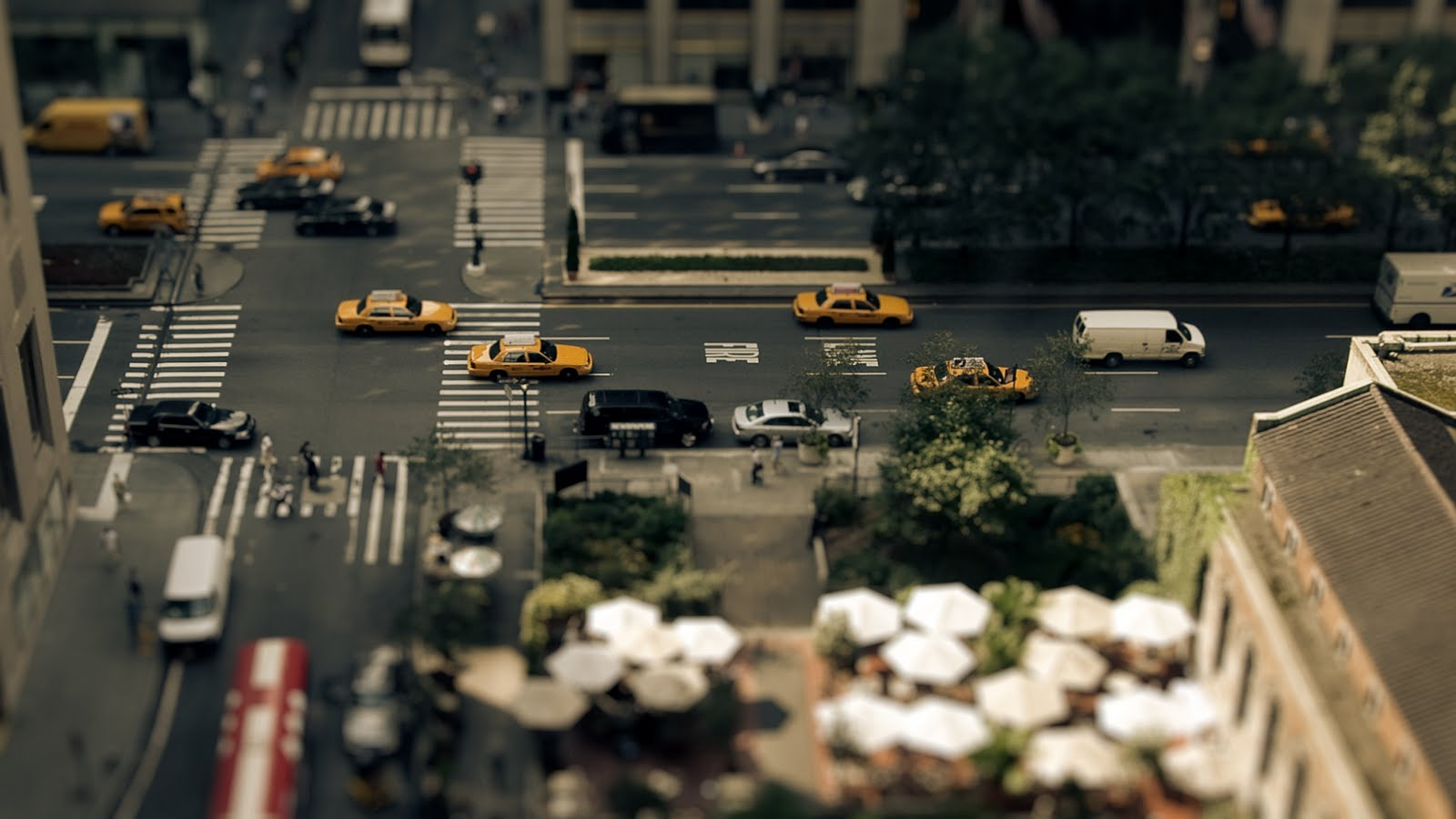 The Sandpit: A tilt-shift video that will fool your mind