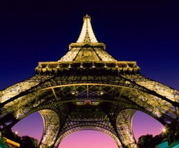 eiffel tower paris france 260x216 YouTube agrees to revenue sharing deal with 3 French artistic groups
