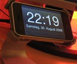 image by royalport 260x216 iPhone alarm bug hits as clocks go back in Europe [Updated]