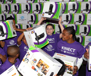 kinect 001 300x250 Microsoft is selling more than 100,000 Kinects a day