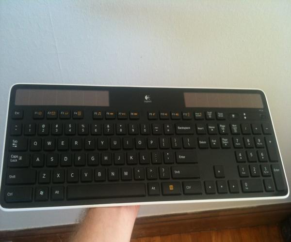 TNW Review: Logitech Wireless Solar Keyboard K750