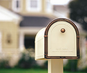 mailbox 300x250 Hotmail wants you to test their service with your Gmail account