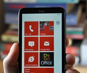 phone 300x250 Windows Phone 7 handsets are selling briskly around the world