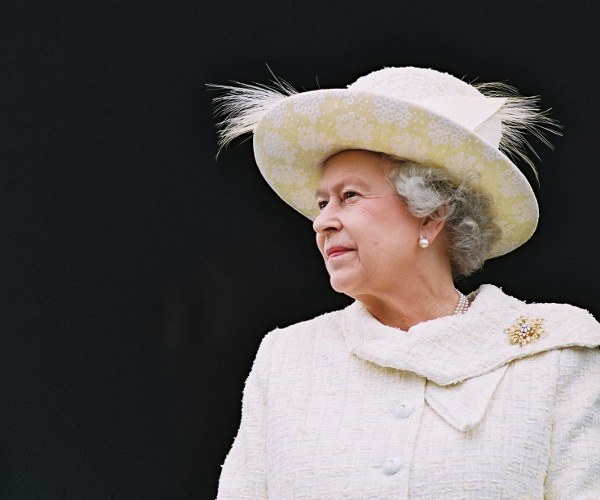 The British Monarchy takes up residence on a new royal Facebook Page