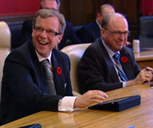 Saskatchewan Government Holds First Cabinet Meeting with iPads