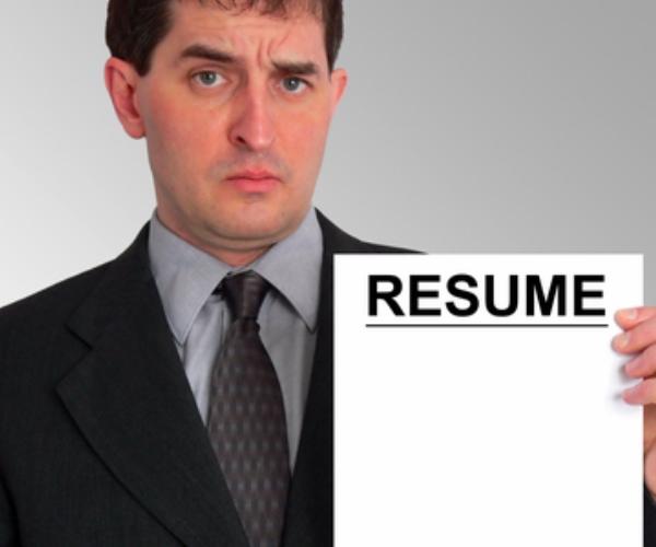 Linkedin's New Tool Lets You Create A Professional CV Offline