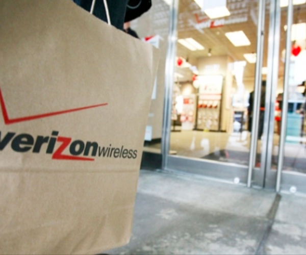 Verizon-Wireless-Shopping-Bag-Retail-Store