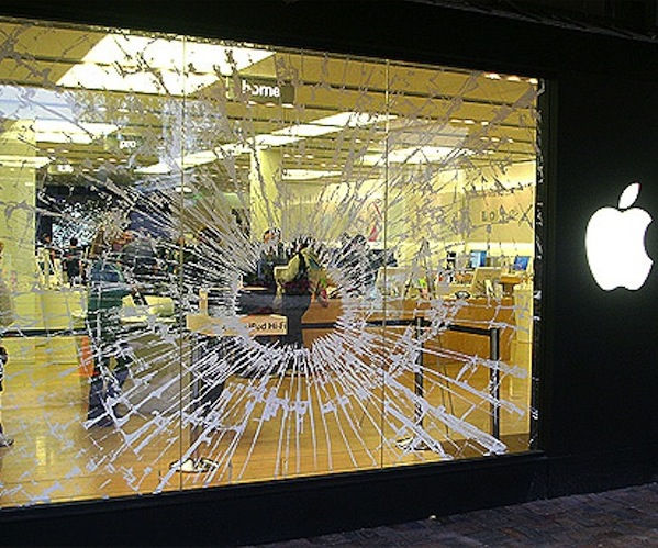 Greenwich, Connecticut plays home to the latest Apple Store robbery
