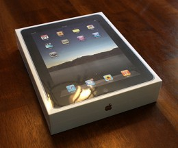 ipad image by superstrikertwo via Flickr Creative Commons 260x216 iPad 2 reportedly to have a smudge free, reflection proof screen