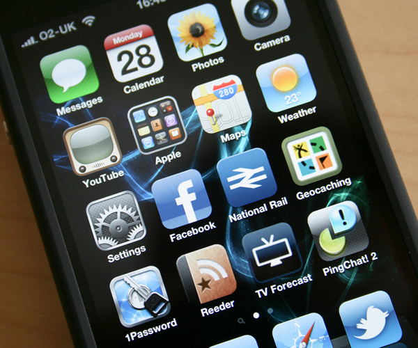 10 Best Social Mobile Apps of 2010