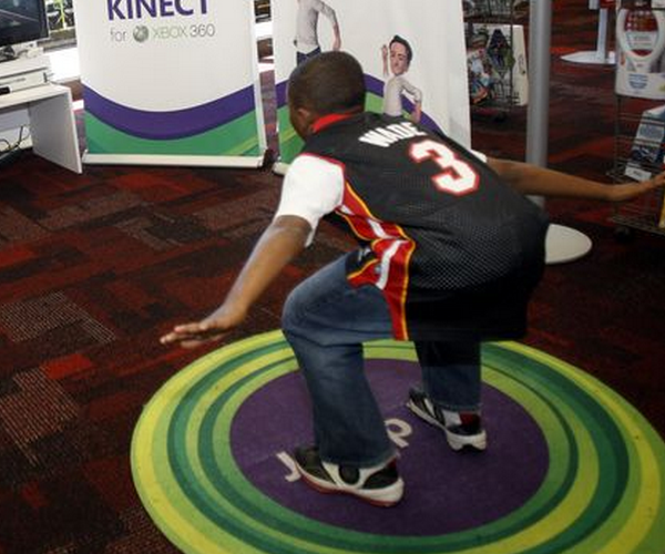 The Kinect is Microsoft's holiday gift to itself if revenue estimates hold true