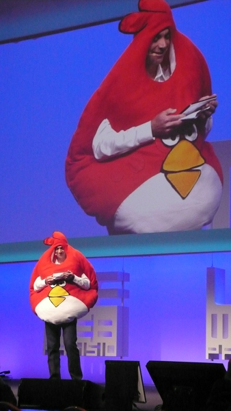 loic angry birds You have to see this   Loïc Le Meur in an Angry Birds costume