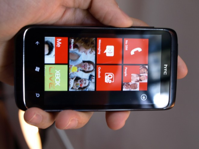 wp7 Windows Phone 7 copy and paste gets described in detail