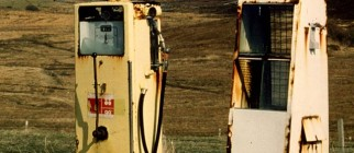 0_my_photographs_scotland_petrol_pumps_-_shell_zoom-in