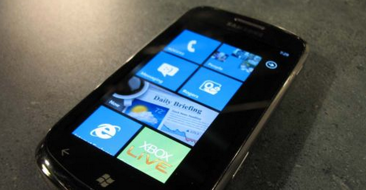 Microsoft meets with the team who unlocked Windows Phone 7
