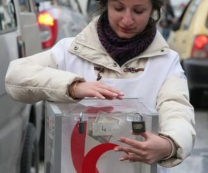 Red Crescent Volunteer