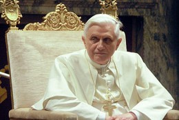 419px Pope Benedictus XVI january20 2006 2 mod 260x174 The Pope slams fake social media profiles and linkbait