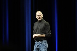 Steve Jobs @ WWDC 20071 260x173 Apples quarterly earnings report: Its all about mobile