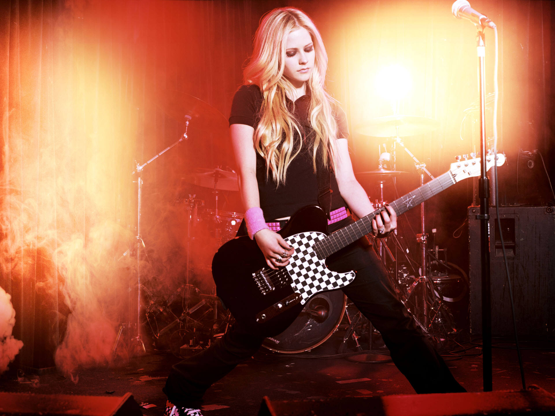 avril lavigne 218 Musix: An iPhone & iPad App to Create Music and Learn Chords