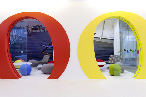 dzn Google office by Scott Brownrigg Interior Design 4 Photos: Googles Snazzy New London Offices