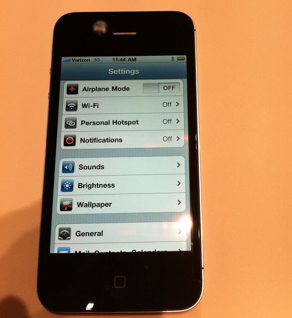 Mobspot for Facebook lets you go social with your iPhone apps.