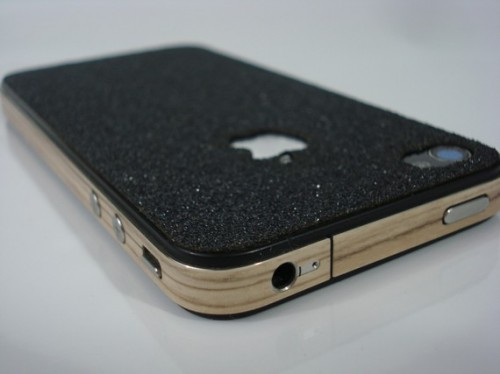 il 570xN.205078742 500x374 Turn your iPhone 4 into a skateboard with grip tape and wood wrap